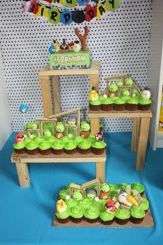 Hostess with the Mostess® - Angry Birds Party Elias would love a party like this Bird Theme Parties, Bird Birthday Parties, Kids Party Themes, Diy Party Decorations, Birthday Fun, Bird Party, Party Ideas, Birthday Ideas, Birthday Cakes