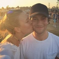 Pin for Later: Live Vicariously Through the Most Stylish Coachella Instagrams Karlie Kloss Gave Joshua Kushner a Sunset Smooch