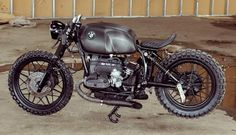 'Black Baron' BMW R100RS - Relic Motorcycles