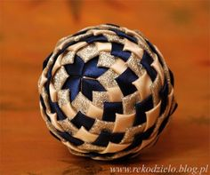 Folded fabric ornament blue / cream