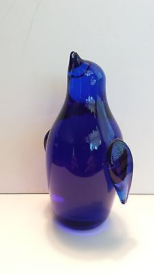VINTAGE COBALT BLUE ART GLASS STANDING PENGUIN FIGURINE Bird ..
