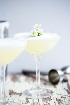 With bright tangy zing and rich velvety texture the Coconut Chantilly Sour is a lovely addition to your brunch cocktail arsenal! Perfect for spring soirees brunches, birthdays, garden parties, or just plain Thursday night could all benefit from this delic