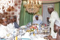 GOSSIP, GISTS, EVERYTHING UNLIMITED: Photos: President Buhari Breaks The Ramadan Fast A...