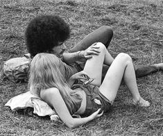 Rock photographer Baron Wolman reveals archive of evocative images from Woodstock Festival Janis Joplin, Grateful Dead, Bob Dylan, Rolling Stones, Photos Rares, Jim Reeves, Yazoo, Crochet Baby Cardigan, Thing 1