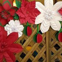 Enfeites de Natal: aprenda como fazer flores de papel natalinas