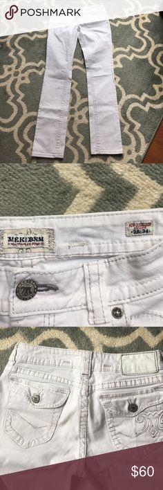 MEK white jeans, new Düsseldorf straight MEK white straight jeans, new Düsseldorf NWOT  size 28/34 excellent condition, never worn MEK  Jeans Straight Leg