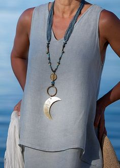 Bright mother of pearl pendant
