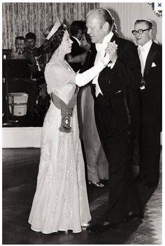 Queen Elizabeth II dancing with Gerald Ford