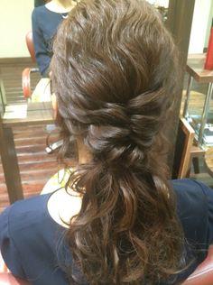 #ヘアアレンジ#ヘアスタイル#ヘアアレンジ解説#ヘアアレンジやり方#ブライダル#ウェディングヘア#結婚式 #ウェディング#ヘアセット#アップスタイル#ハーフアップ #arannge#hairdo#howto#wedding#bridal#hair  Instagram:@hay_rom