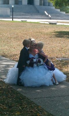 Must have wedding picture with flower girl and ring bearer!!!!