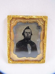Antique-Ambrotype-Picture-Gentleman-Tintype-with-Foil-Frame-Tiny-1860s