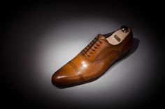 Loding Bullit armagnac patina. Just ordered a pair of these :)