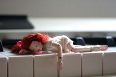 Garnet the wooden mini bjd by MonkEyGstudio  https://www.flickr.com/photos/monkeygstudio/