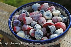 Bringing Beauty: Frozen Yogurt Berries