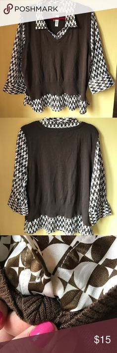 """NWT apt 9 work blouse/vest combo size 2X It's all one piece- it's made to look like a vest over a blouse but it's all attached and one piece. There are slits at the bottom of the top also. 23"""" armpit to armpit. Apt. 9 Tops Blouses"""