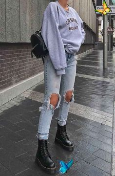 Outfit Inspiration -  Outfit Inspiration  - #inspiration #jewelrybisuteria #jewe... -  Outfit Inspiration –  Outfit Inspiration  – #inspiration     Source by jenniferbaum0005<br> Edgy School Outfits, Cute Casual Outfits, Mode Outfits, Retro Outfits, Vintage Outfits, Edgy Fall Outfits, Casual Fall, Hipster Outfits, Fashionable Outfits