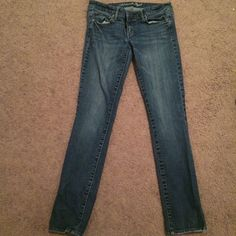 American Eagle jeans Skinny jeans for sale. Size 6. Some wear to them. They do stretch so they're pretty comfy! American Eagle Outfitters Jeans Skinny