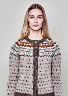 Ravelry: Nr 7 Nordkapp kofte med lus pattern by Unn Søiland Dale Chrochet, Knit Crochet, Ravelry, Lisa, Pattern Library, Vintage Knitting, Mantel, Knitting Patterns, High Fashion