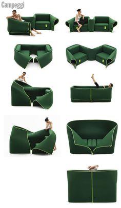 """Essa dica é para quem gosta de praticidade! O sofá """"Sósia"""" da marca italiana Campeggi pode ter vários formatos através do design livre e adaptável. Com dois assentos, o móvel possui aba de tecido flexível com zíper. Muito legal!"""