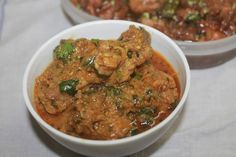 Spicy, tangy and very flavourful dahi chicken which taste great with roti, rice or pulao. Super delicious and lipsmacking curry.