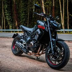 Yamaha MT- 09 Yamaha MT- 09 Yamaha MT- 09 Thanks to the great efforts of Japanese engineers, Yamaha Motor all over the world is known for its high quality Products. Yamaha Motorbikes, Yamaha Motorcycles, Custom Motorcycles, Cars And Motorcycles, Moto Bike, Motorcycle Bike, Mt 09 Yamaha, Yamaha Fz, Bike Gadgets