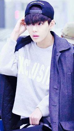 |BTS| #Bangtan - V (Kim Taehyung)