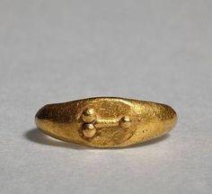 Yüzük, Altın,phallus kabartmalı Roma Dönemi