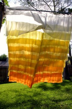 DIY Anthropologie Flamenco Shower Curtain in Sunshine by Taylor Made - I'm amazed that someone can diy this coz I cant!