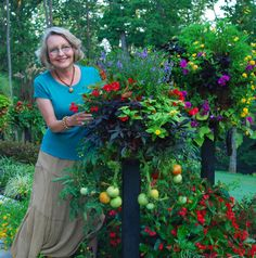 """Easy Container Combos: Vegetables & Flowers"" (Pamela Crawford/Color Garden Publishing 2010)"