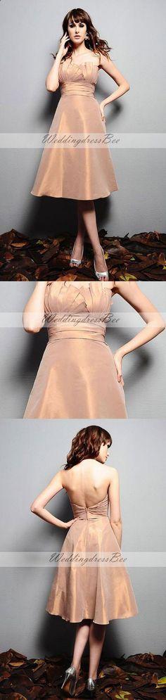 Scalloped-edge A-line with ruffle embellishment taffeta bridesmaid dress