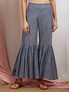 Women S Fashion Yarraville Gharara Designs, Salwar Designs, Blouse Designs, Dress Indian Style, Indian Fashion Dresses, Fashion Pants, Fashion Outfits, Fashion Edgy, Salwar Pattern