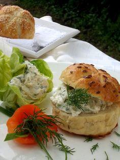 Bylinkový uzený tvaroh s mascarpone Lidl, Bagel, Bread, Food, Mascarpone, Brot, Essen, Baking, Meals