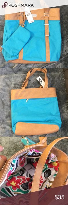 "New Nine West tote bag Very cute Nine West tote bag measures approximately 12""x12"". Comes with a wristlet. Nine West Bags Totes"