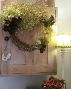 Feeling creative and a tad festive today.. time to get some hoovering under way though and stop playing!! Hope you are all having a lovely. day xx #festive #flowers #flowersofinstagram #wreathmaking #crafting #country #countrystyle #cottageinspo #christmastime