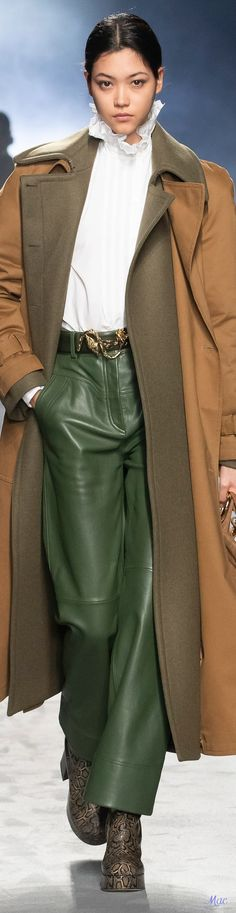 Fall 2021 RTW Alberta Ferretti Oufits Casual, Italian Fashion Designers, High Fashion, Womens Fashion, Alberta Ferretti, Coat Dress, Ready To Wear, Autumn Fashion, Midi Skirt