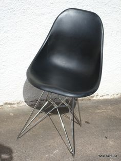 Eames Eiffel style chair - http://whatkatydid.biz/product/kitchen-diner/eames-eiffel-style-chair/