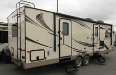"""2016 New Forest River Rockwood Ultra Lite 2608WS Travel Trailer in Arkansas AR.Recreational Vehicle, rv, 2016 Forest River Rockwood Ultra Lite2608WS, 15k BTU Ducted A/C, 29"""" TV w/ 5.1 Dolby Digital , 4 Power Stabilizer Jacks, Carbon Monoxide Detector, Cherry Cabinetry, Convenience Pkg B, Create a Breeze Bath Roof Vent, Emerald Edition, F/S Table & Chairs, Power Tongue Jack, Raised Panel Refer Fronts, Rear Ladder, Wood Look Floor,"""