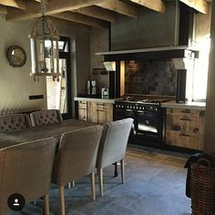Dreamkitchen ❤️ @by_juth Rustic Kitchen, Kitchen Decor, Kitchen Design, Kitchen Ideas, Dining Area Design, Modern Country Style, Interior And Exterior, Interior Design, Building A New Home