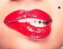 """#Marilyn #Monroe #Show Mit Songs wie """"I Wanna Be Loved By You"""" oder """"Diamonds Are A Girls Best Friend"""" lässt die bezaubernde Lady nicht nur Männerherzen höher schlagen... Die verführerische kurze #Showeinlage ist auch mit 2 charmanten Gentlemen buchbar"""