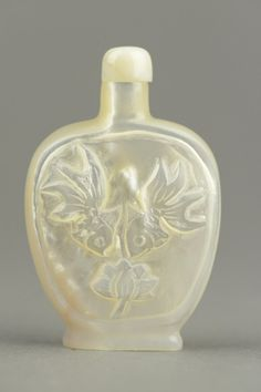 Chinese Carved Mother Pearl Snuff Bottle