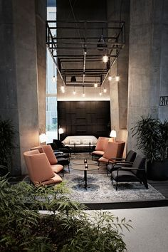 Here are list of the awesome minimalist apartment designs ever presented on sweet house. Find inspiration for Minimalist Apartment Design to add to your own home. Lounge Design, Design Hotel, Hotel Bedroom Design, Cafe Design, Lobby Design, Rustic Design, Rustic Style, Design Design, Design Trends