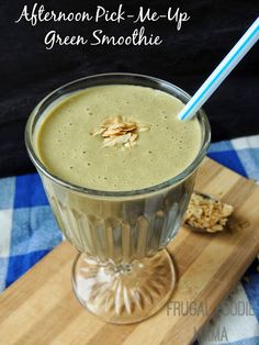 Afternoon Pick-Me-Up Green Smoothie