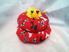 Round Puffa Pincushion Sewing Room  by Ladydarinefinecrafts