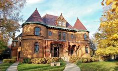 Tour  of Dawes House/Evanston History Center for 2, 4, or 5–10 People (Up to 55% Off) $10(0% off) Exp:Jan/16/2016