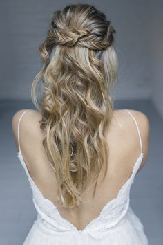 Beautiful Big hair #hair #longhair #hairstyling #bridal #brautfrisur #bridehair #novia #peinado