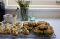 baked quinoa patties - @ 101Cookbooks: #goodeats #healthyeating #recipes good-eats-and-other-yummys