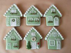 Christmas Gingerbread House, Gingerbread Cake, Noel Christmas, Christmas Treats, Christmas Baking, Gingerbread Village, Fancy Cookies, Cute Cookies, Cupcake Cookies