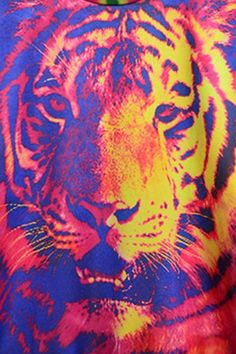 dazzling-tiger-graphic-sweatshirt find more women fashion ideas on www.misspool.com