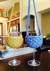 Ravelry: Wine Glass Lanyard pattern by Ashlea Konecny - Deal Detecting Diva