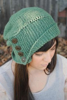 Robin Hood Knit Pattern This cute hat is knit from crown to brim, with a unique stockinette top and garter stitch bottom. Knit with 175 yards of worsted weight yarn and US sizes 7 and 8 circular needles. Knit Beanie Hat, Crochet Beanie, Knitted Hats, Knit Crochet, Crochet Hats, Crochet Robin, Slouch Hats, Beanie Pattern, Crochet Granny